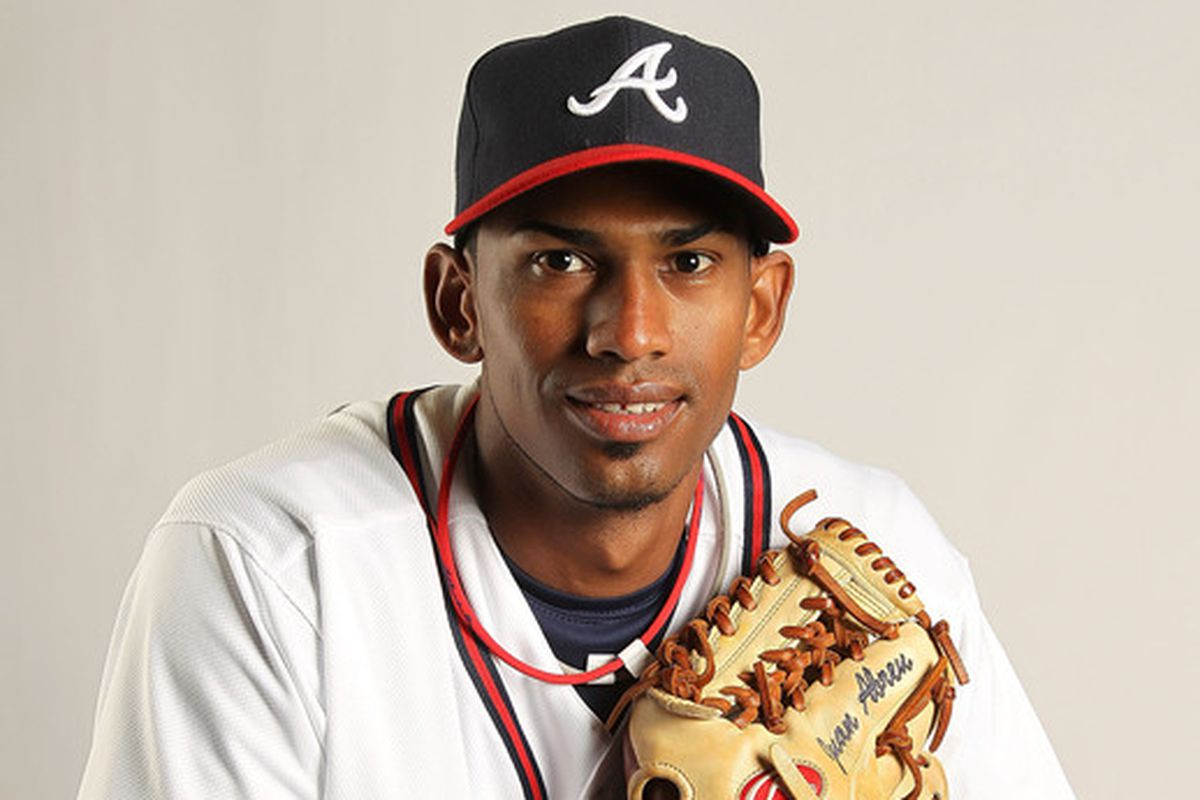 RHP Juan Abreu will join the Dodgers in big league camp at spring training in Camelback Ranch in three months.