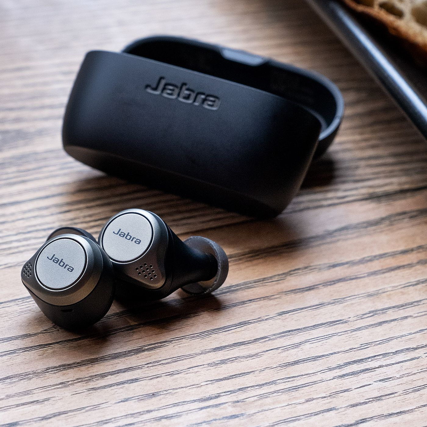 Jabra S Excellent Elite 75t Wireless Earbuds Are 30 Off The Verge