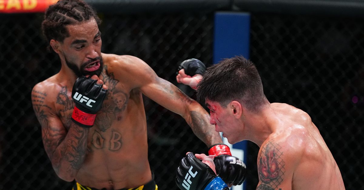 Four fighters released from UFC roster, including Roosevelt Roberts
