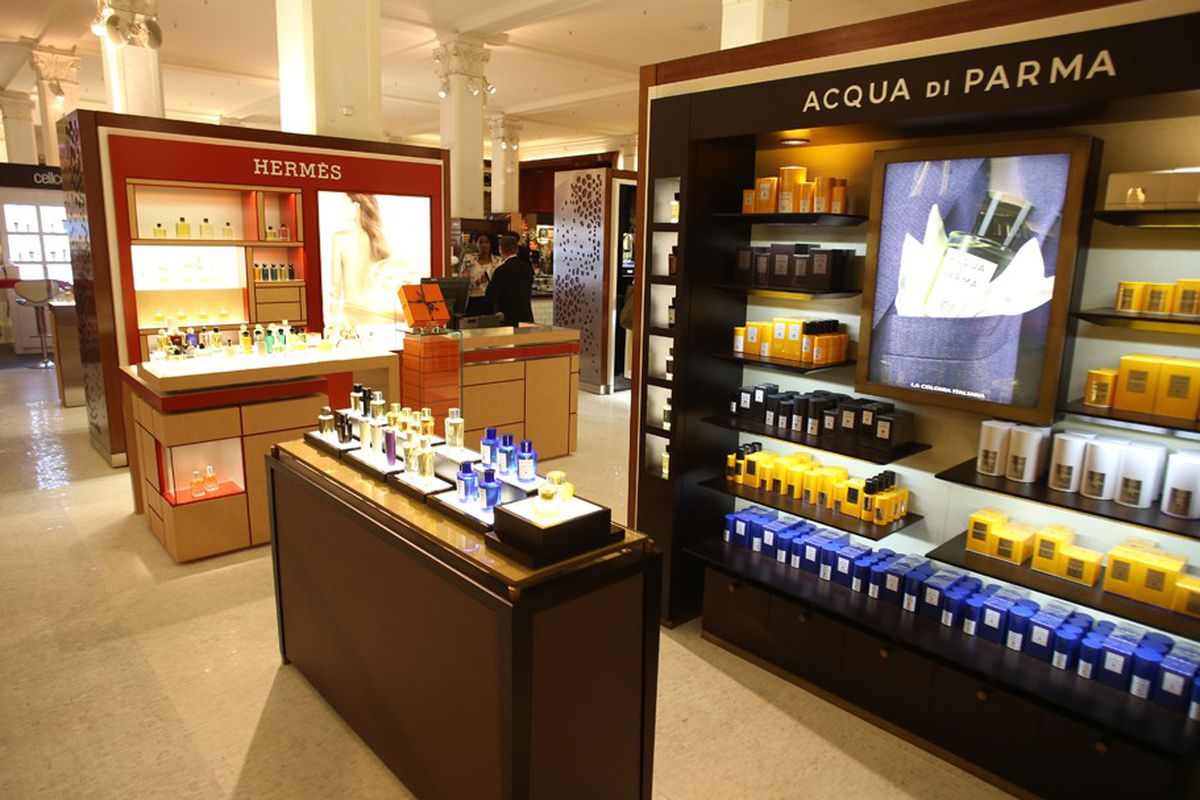 "Image via <a href=""http://www.wwd.com/beauty-industry-news/retailing/saks-sharpens-artisanal-approach-to-fragrances-7168756"">WWD</a>"
