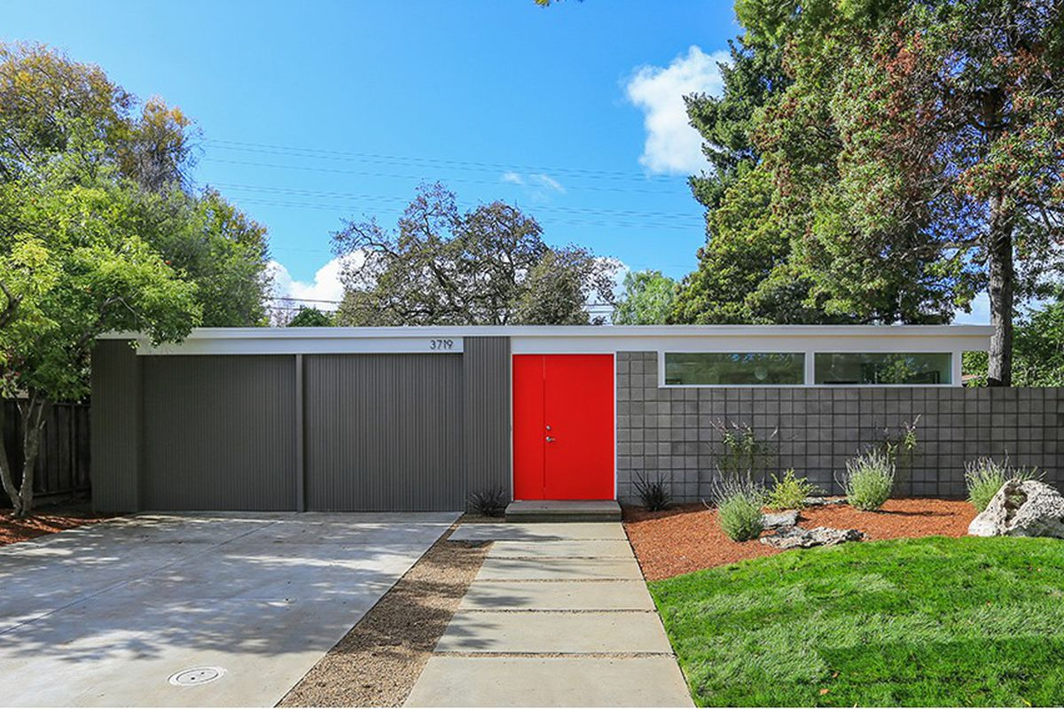 4 midcentury homes you can buy right now curbed sf for Mid century modern prefab homes