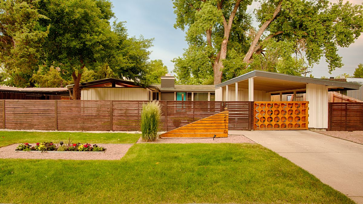 Renovating a midcentury modern home: 9 tips from an expert ... on colonial home exterior designs, split level house exterior designs, contemporary house exterior designs, ivory home designs, ranch house exterior designs, custom house exterior designs, rambler with front of garage,