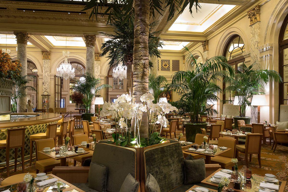 the plaza hotel u0026 39 s opulent tea palace returns with finger