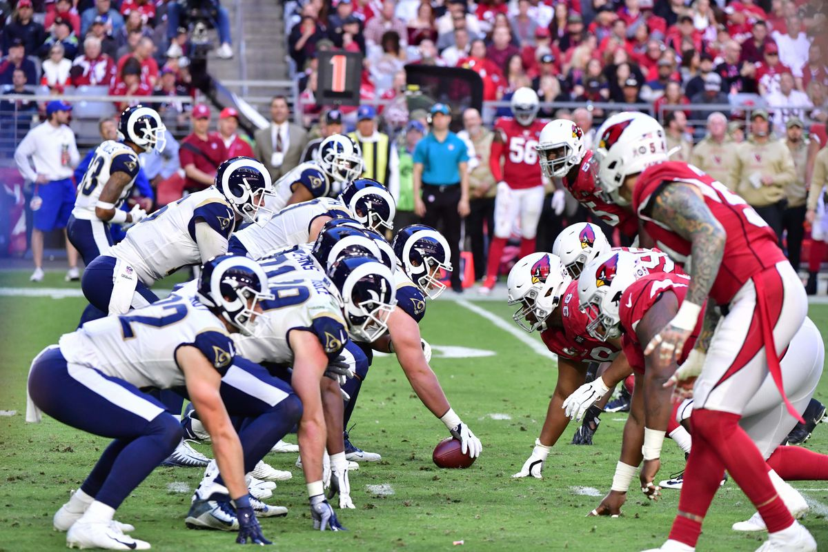 The Los Angeles Rams' offense lines up against the Arizona Cardinals' defense in Week 13, Dec. 1, 2019.