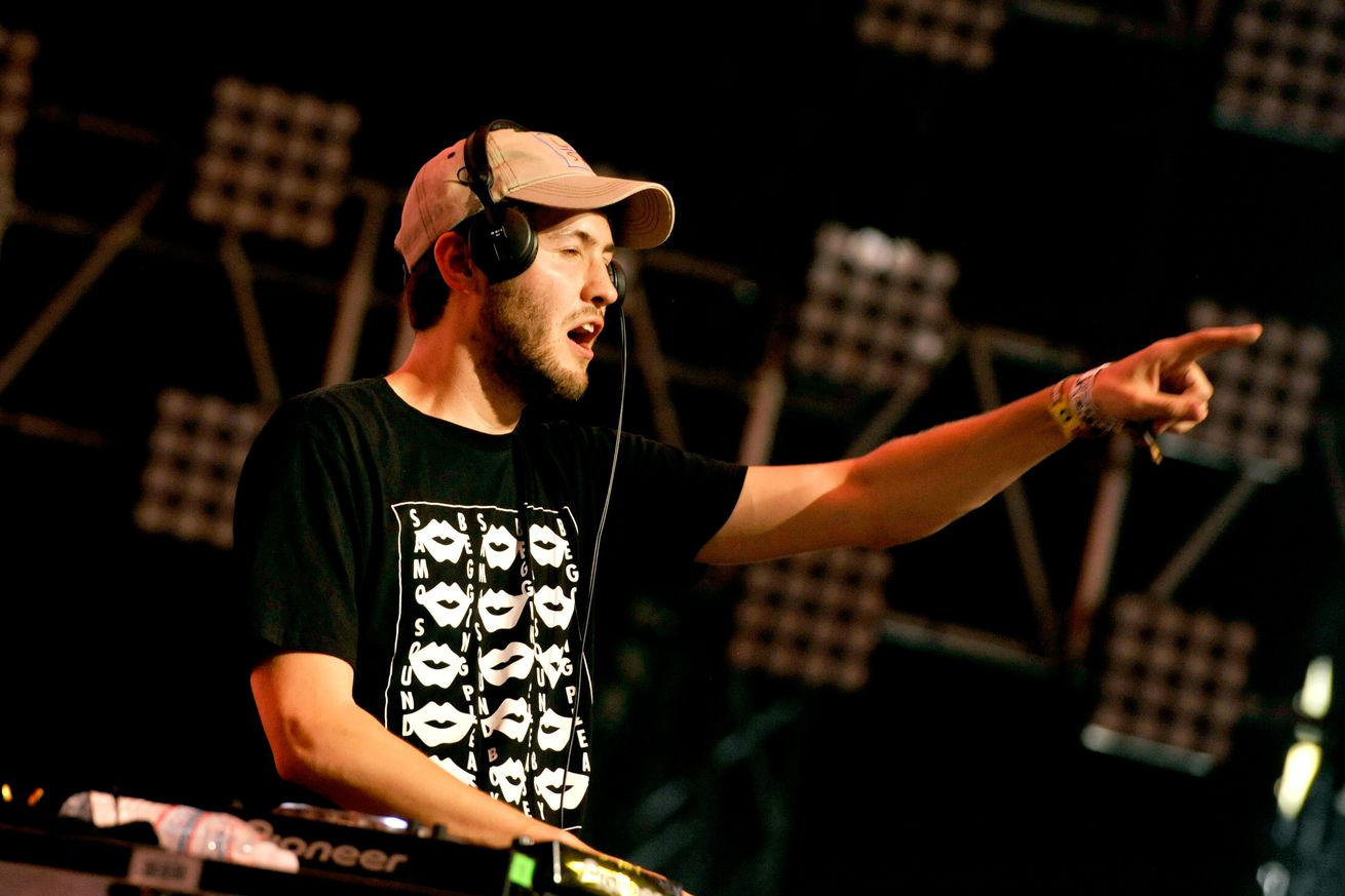 baauer is taking action against fcc chairman for using harlem shake in net neutrality repeal video