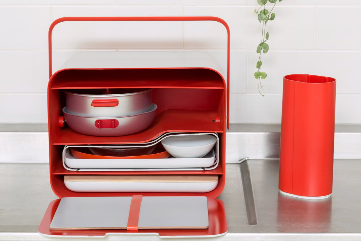 Case with cooking utensils