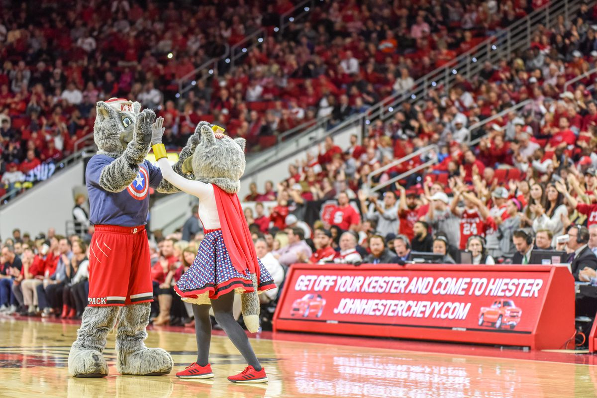 COLLEGE BASKETBALL: JAN 21 Miami at NC State