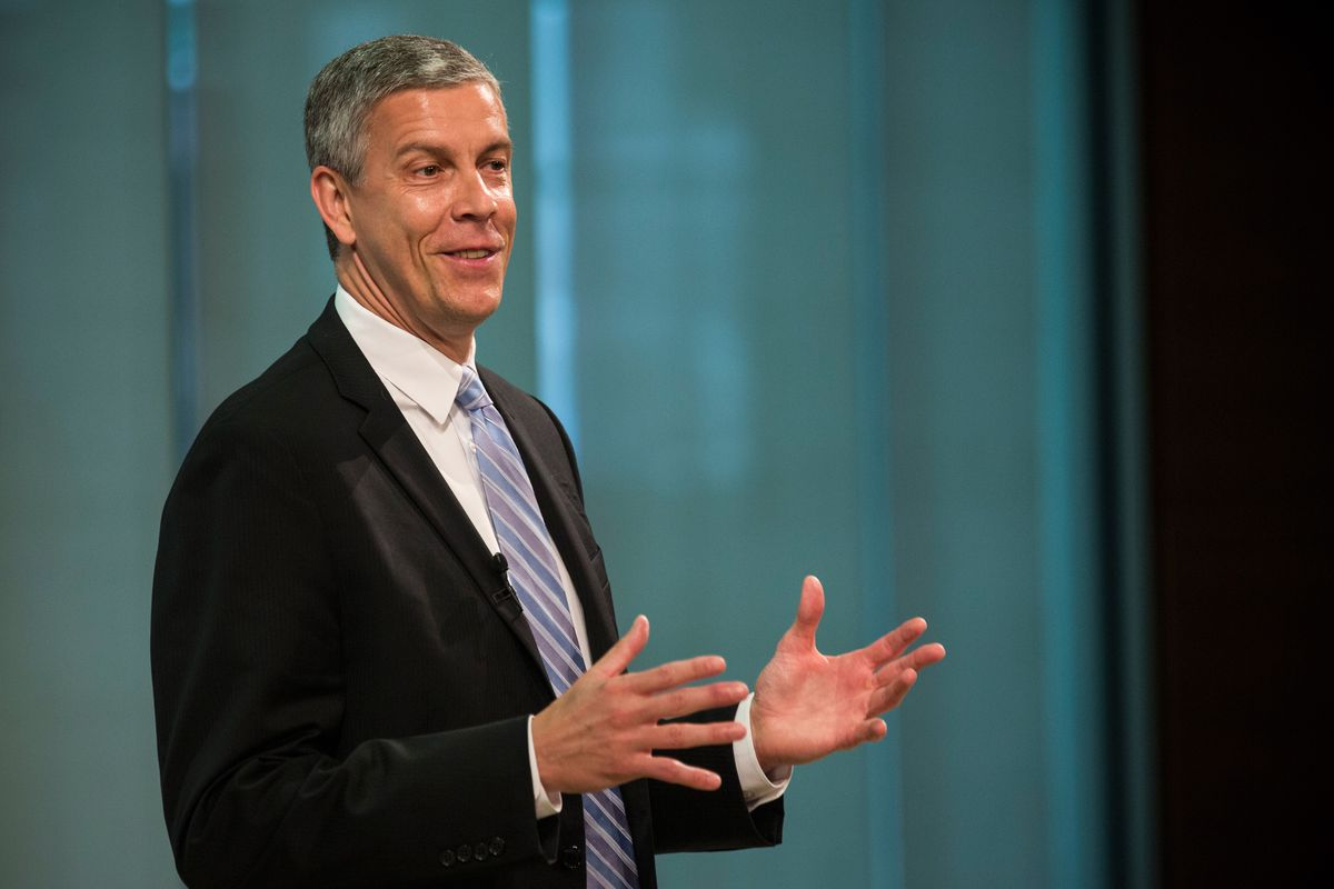Education Secretary Arne Duncan at a press conference in June 2014.