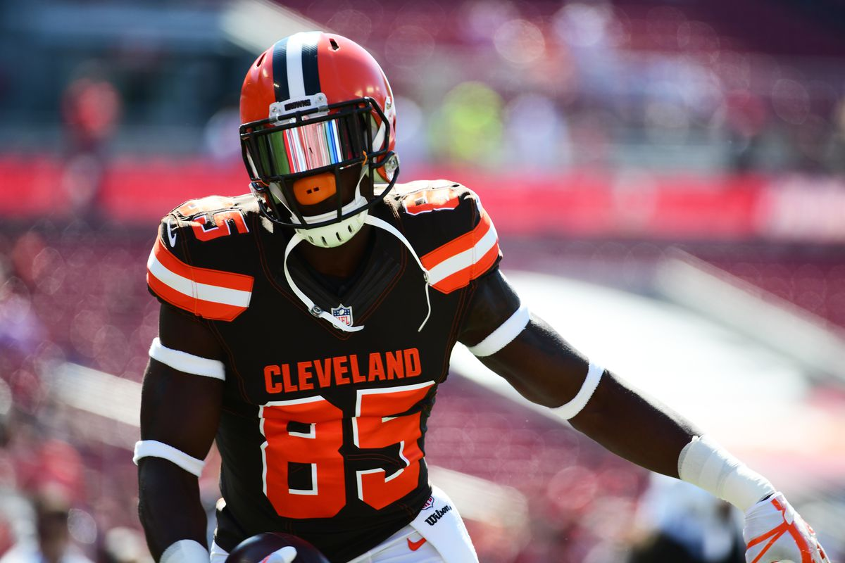 more photos c25fd 8a306 Cleveland Browns: Milestones still in reach for 2018 - Dawgs ...