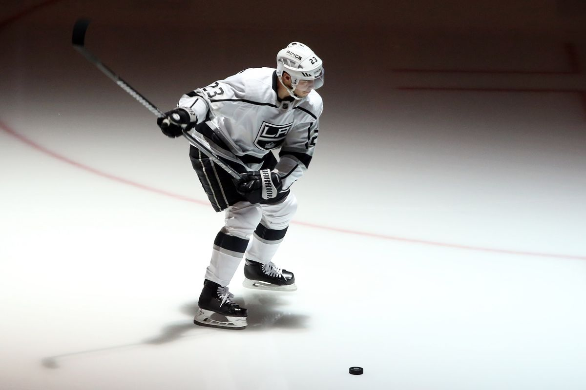 2e01a030 Los Angeles Kings @ Vancouver Canucks Game 77 Recap: 1,112, King of Kings,  Dustin Brown