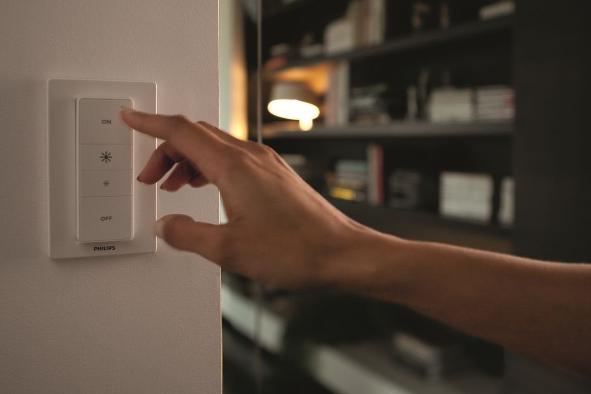 Philips Solves Hues Biggest Problem With New Dimmer Switch The Verge Solved My Rf Remote Controlled Car Circuit Continues To Expand Its Popular Hue Lineup Of Ingenious Lighting Products Introduction First Wireless
