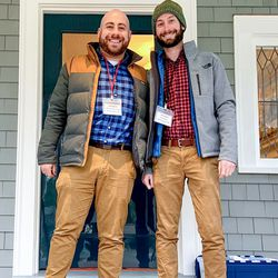Insiders Abram Wiesman and Alex Brey from Washington, DC have been spotting project houses from past seasons while exploring the area when they lived in Boston. However, they never thought that they would get the opportunity to take a tour of one!