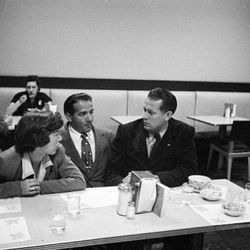 """Vaughn Monroe at a Diner, Stanley Kubrick, 1949, From the collections of the Museum of the City of New York [<a href=""""http://collections.mcny.org/C.aspx?VP3=SearchResult_VPage&VBID=24UP1GY7JH7Q&SMLS=1"""">link</a>]"""