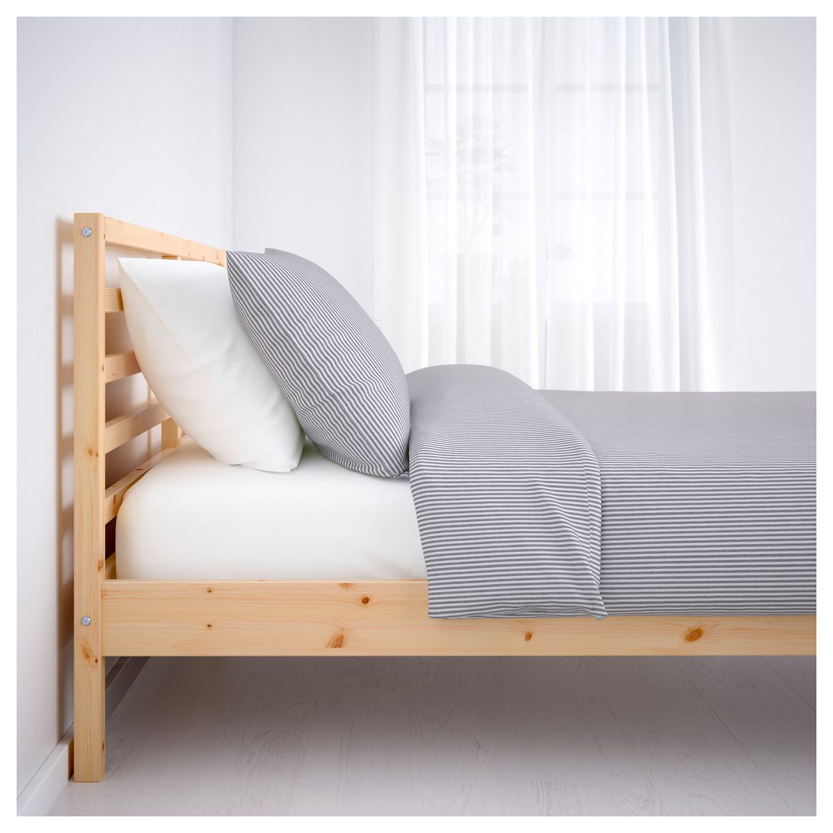 Bed frames: necessity or extra touch? - Curbed