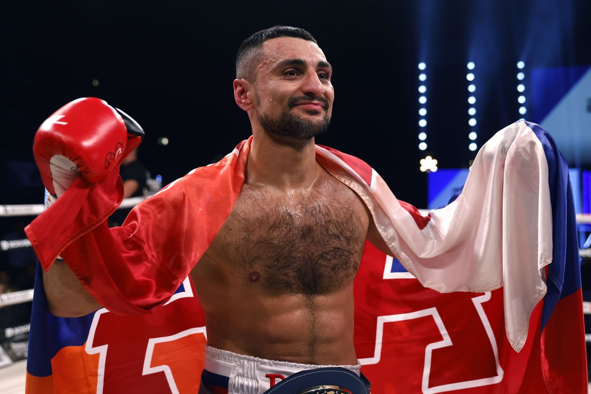 David Avanesyan has signed with Queensberry Promotions
