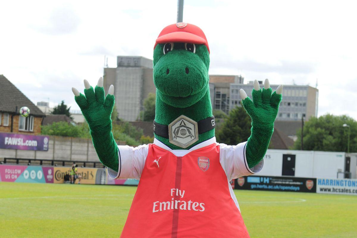 Borehamwood Wood v Arsenal XI - Pre Season Friendly