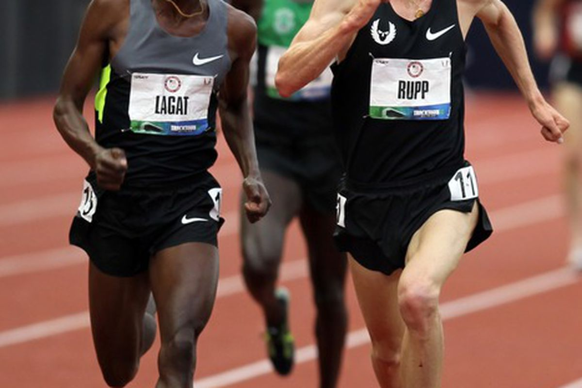 Lagat's crazy eyes may work to his disadvantage as other run away from him, scared.