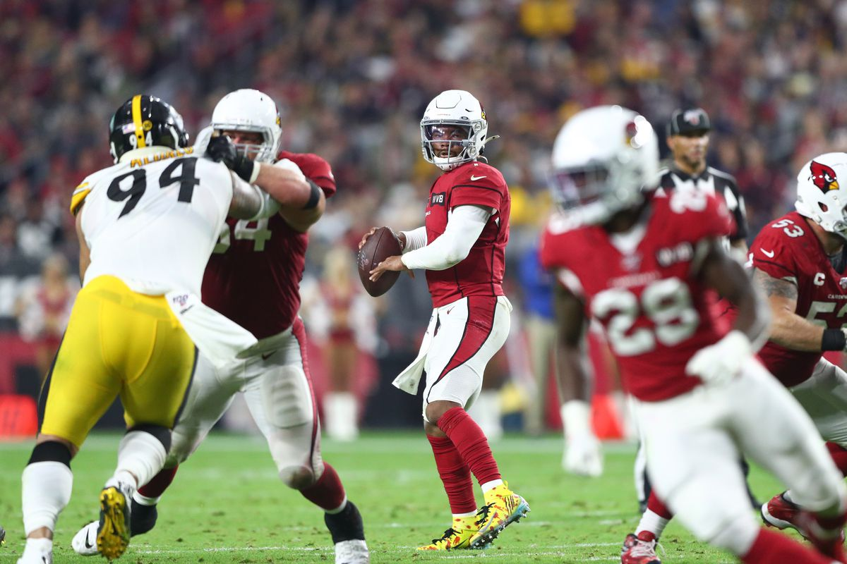Arizona Cardinals quarterback Kyler Murray against the Pittsburgh Steelers in the second half at State Farm Stadium.
