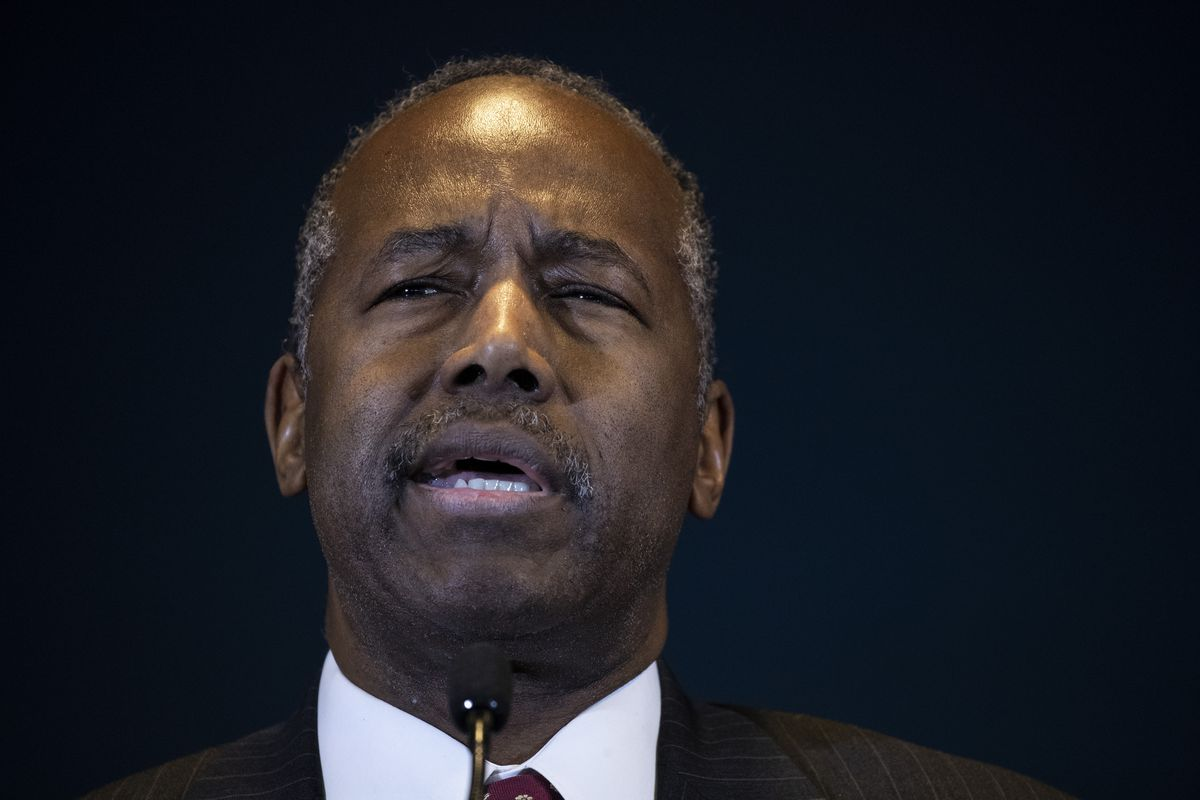 A picture of Ben Carson talking.