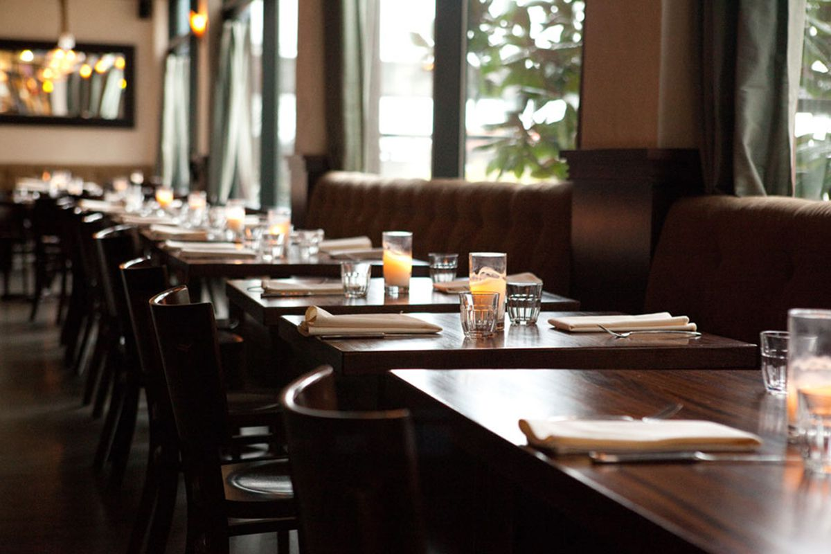 The dining room at Lecosho with empty tables