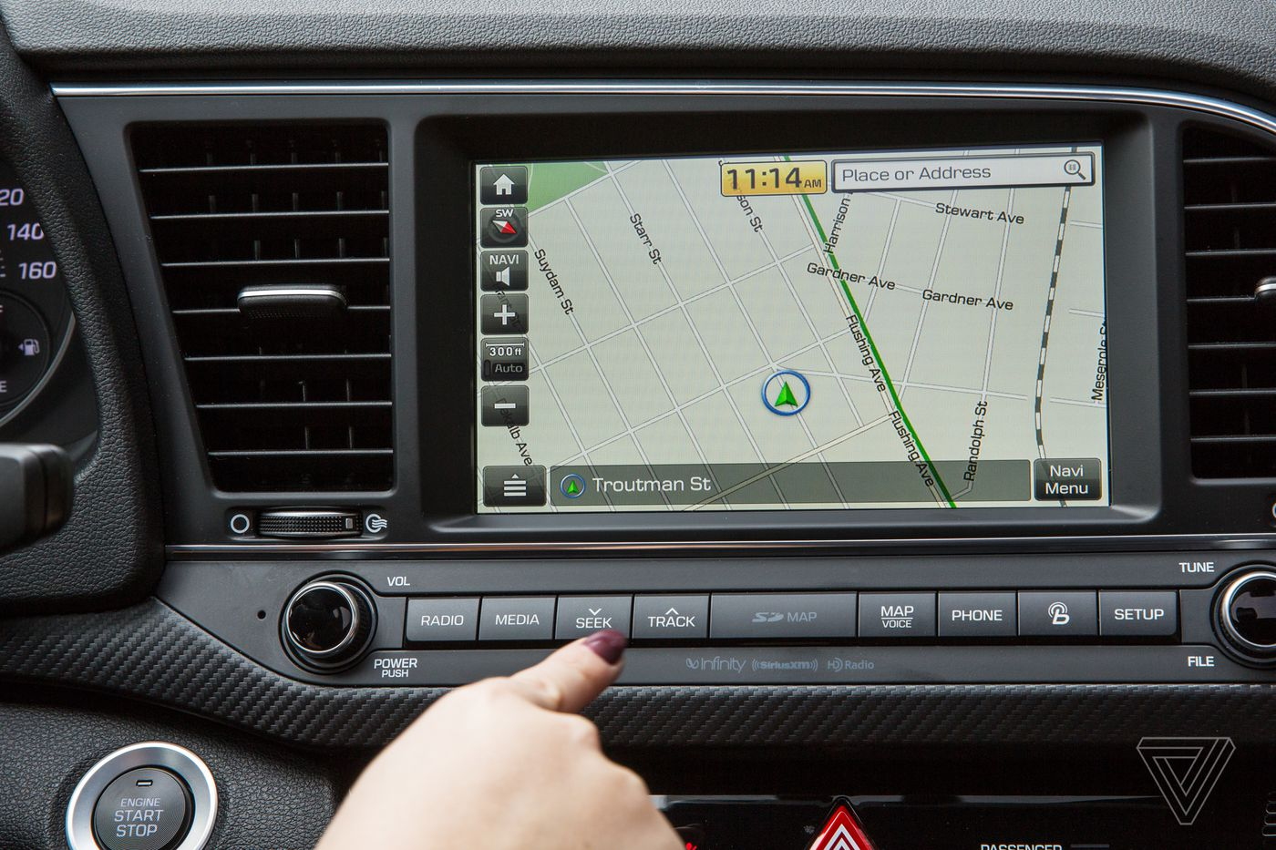 The 2017 Hyundai Elantra Sport: when physical buttons make more