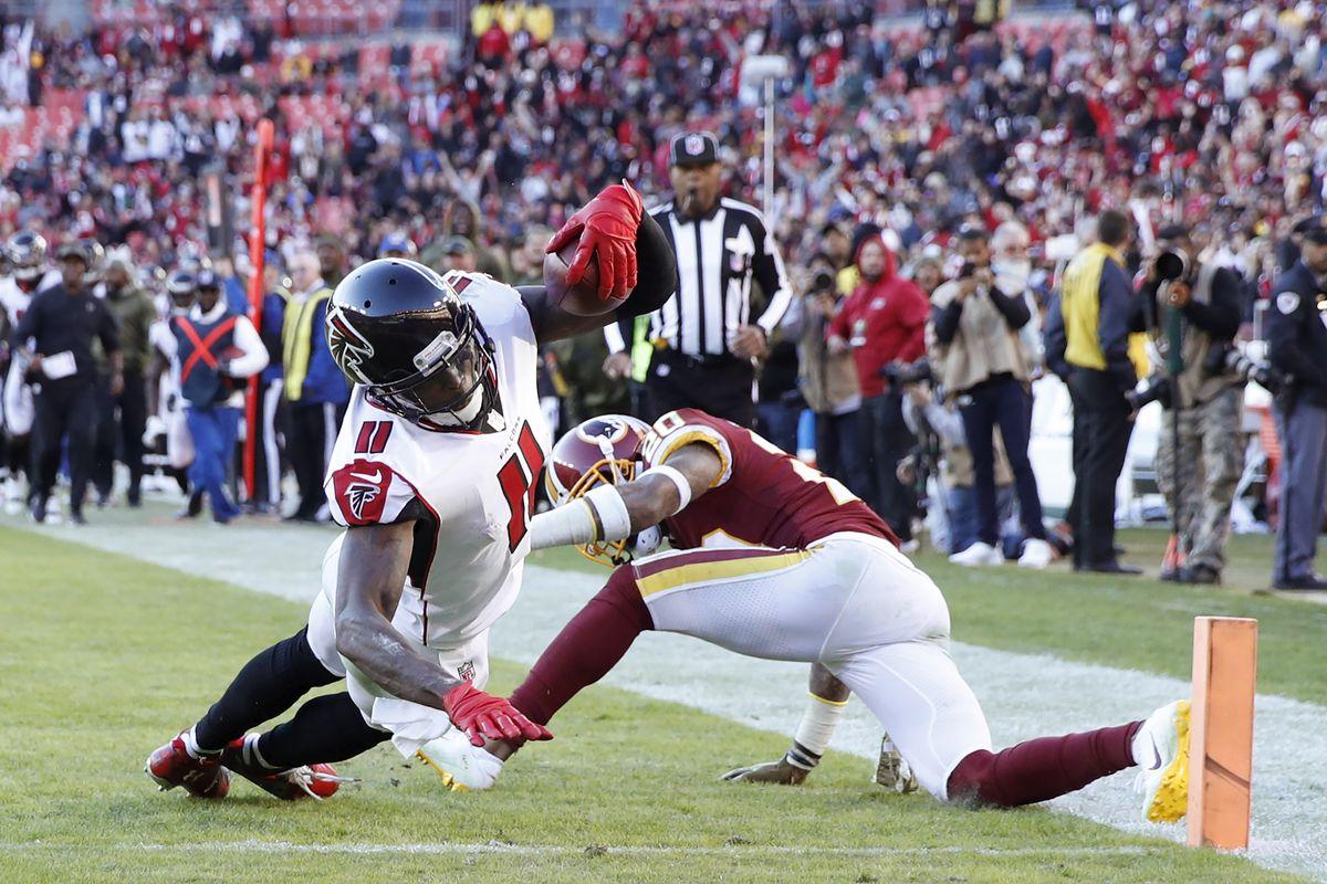 Atlanta Falcons v Washington Redskins