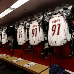 A look inside Team Alfredsson's locker room before the 2012 All-Star Game