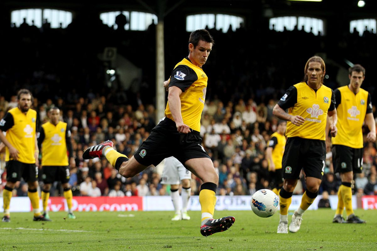 LONDON, ENGLAND - SEPTEMBER 11:  Scott Dann of Blackburn in action during the Barclays Premier League match between Fulham and Blackburn Rovers at Craven Cottage on September 11, 2011 in London, England.  (Photo by Scott Heavey/Getty Images)