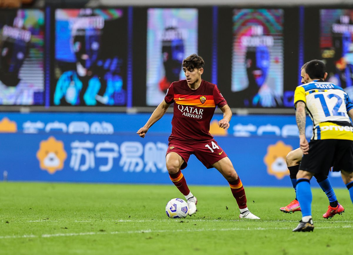 Gonzalo Villar of AS Roma in action during the Serie A 2020/...