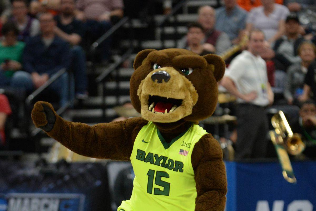 Friday NCAA Tournament Gambling Picks