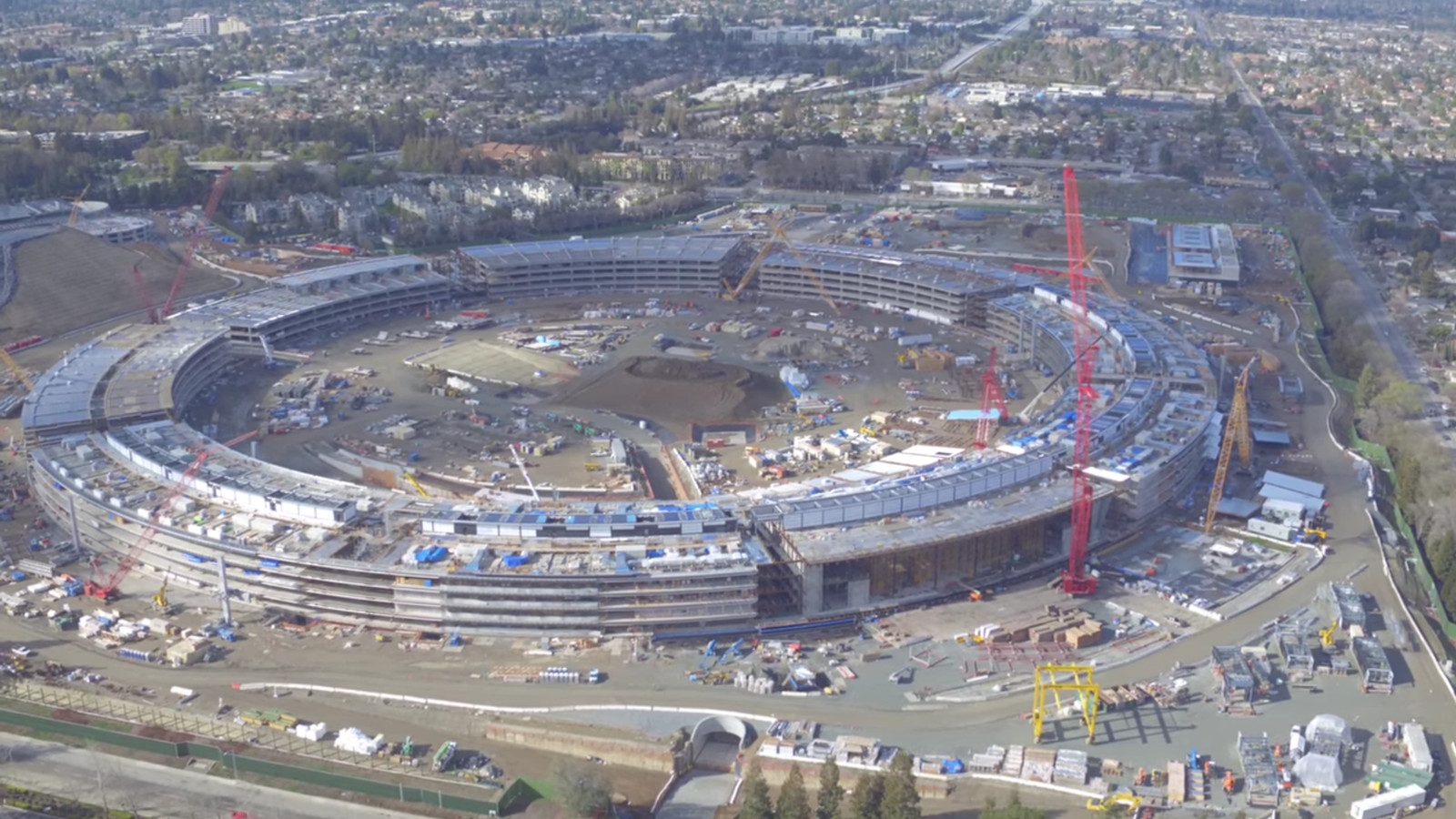 Apple 39 s unfinished spaceship campus looks enormous the verge for Flying spaces