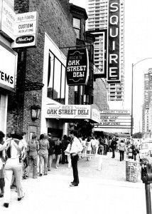 """Fans line up to see """"Star Wars"""" at the old Esquire Theater on Oak Street.   Sun-Times Files"""