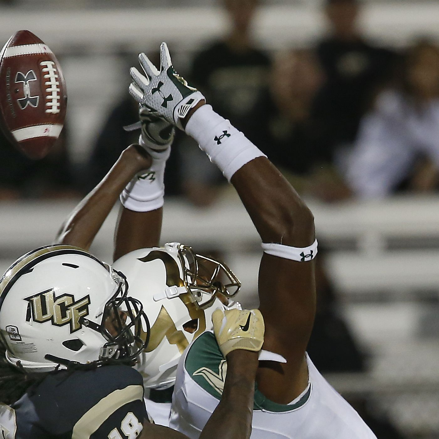 55be8f4df80 UCF s Shaquem Griffin only has one hand. He was just named AAC defender of  the year.