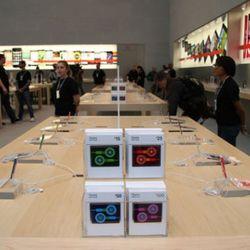 """Apple Store headphones via <a href=""""http://www.flickr.com/photos/mattbuchanan/4098236751/"""">mattbuchanan</a>/Flickr"""