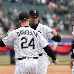 White Sox designated hitter Matt Davidson enters the field. | Erin Brown/Sun-Times