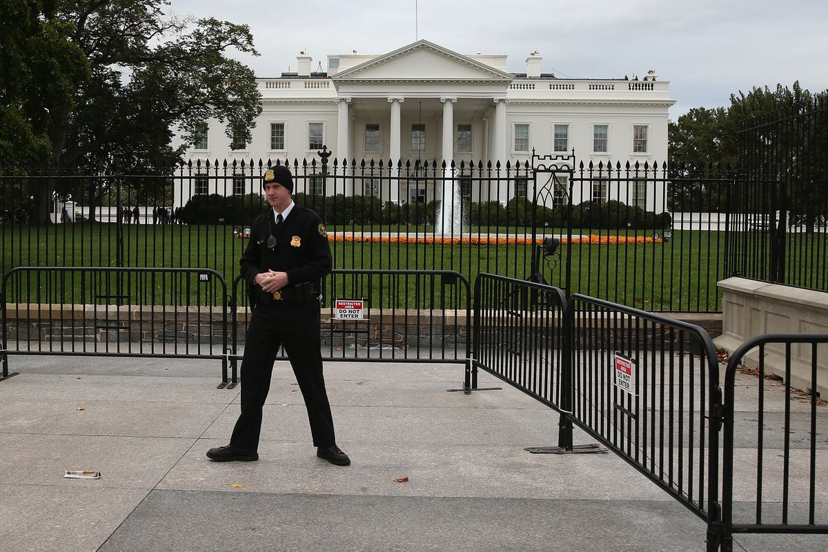 Secret Service Wants To Build Fake White House So It Can