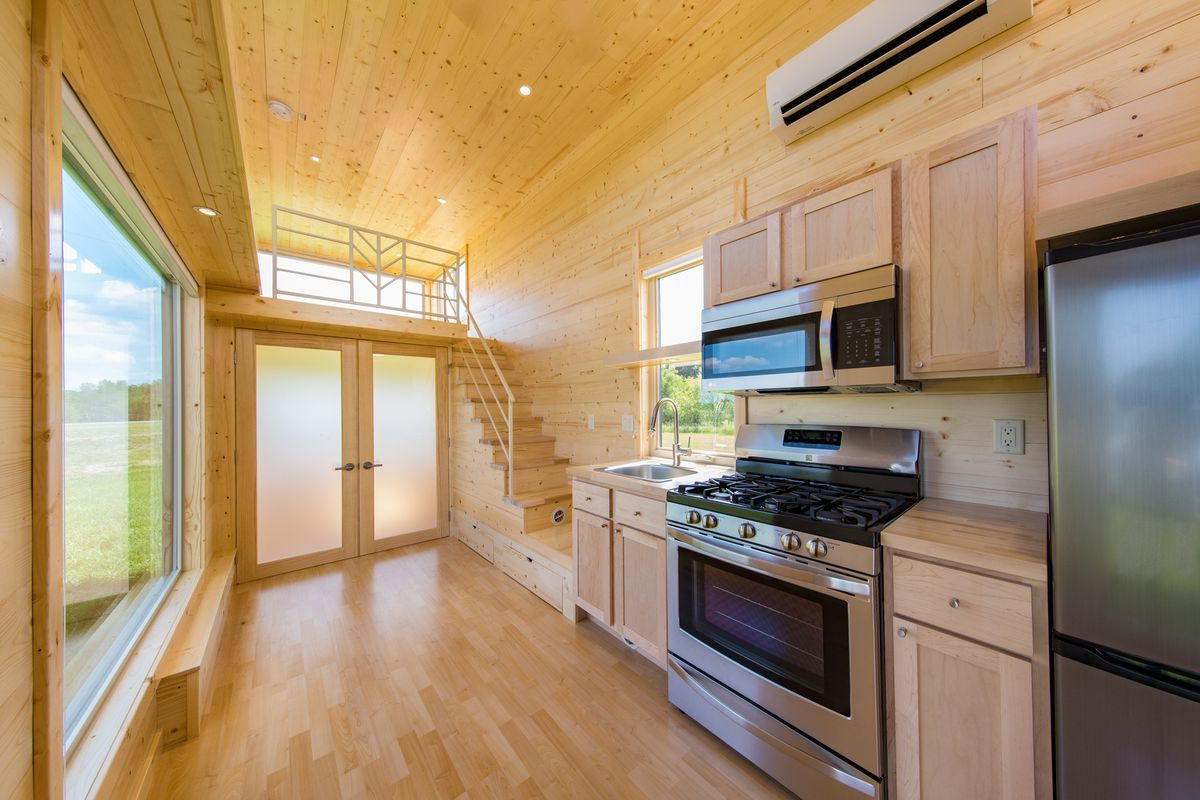 New tiny house is like living in a double-decker bus - Curbed