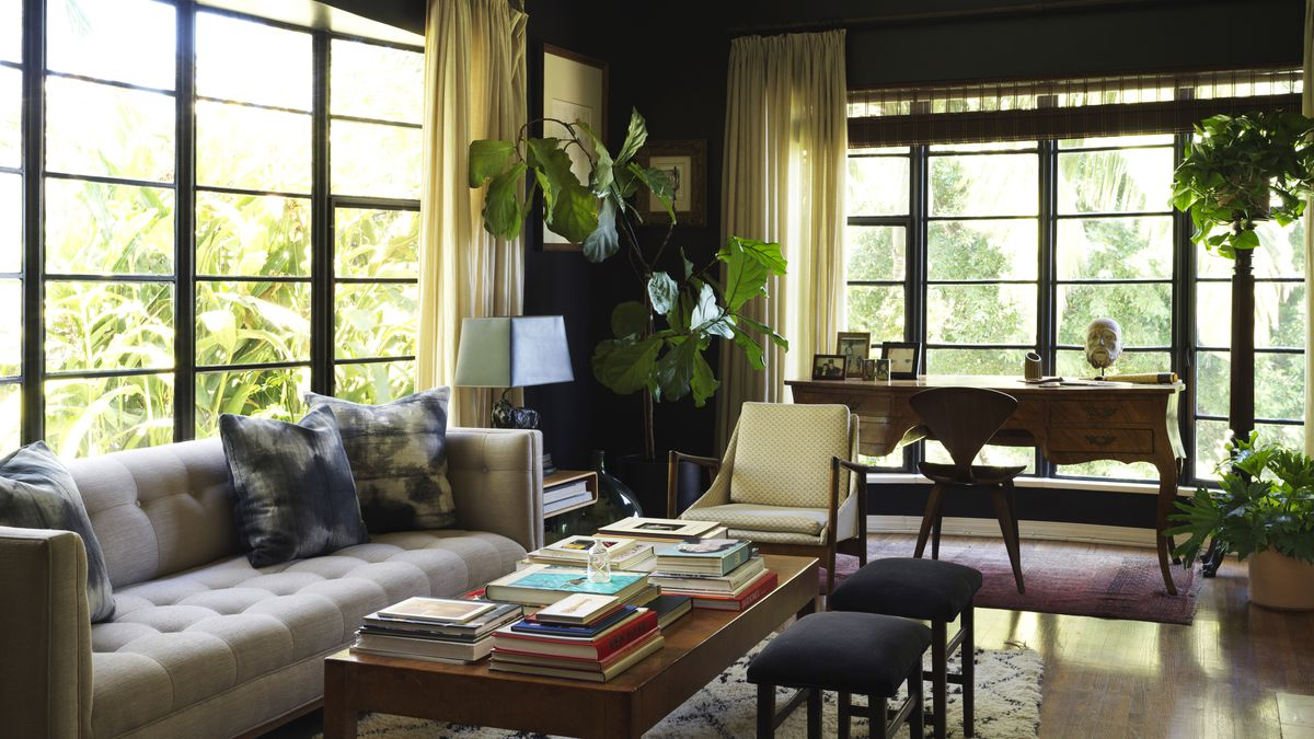 A 1949 Whitley Heights Home Melds Old Hollywood Glamour And