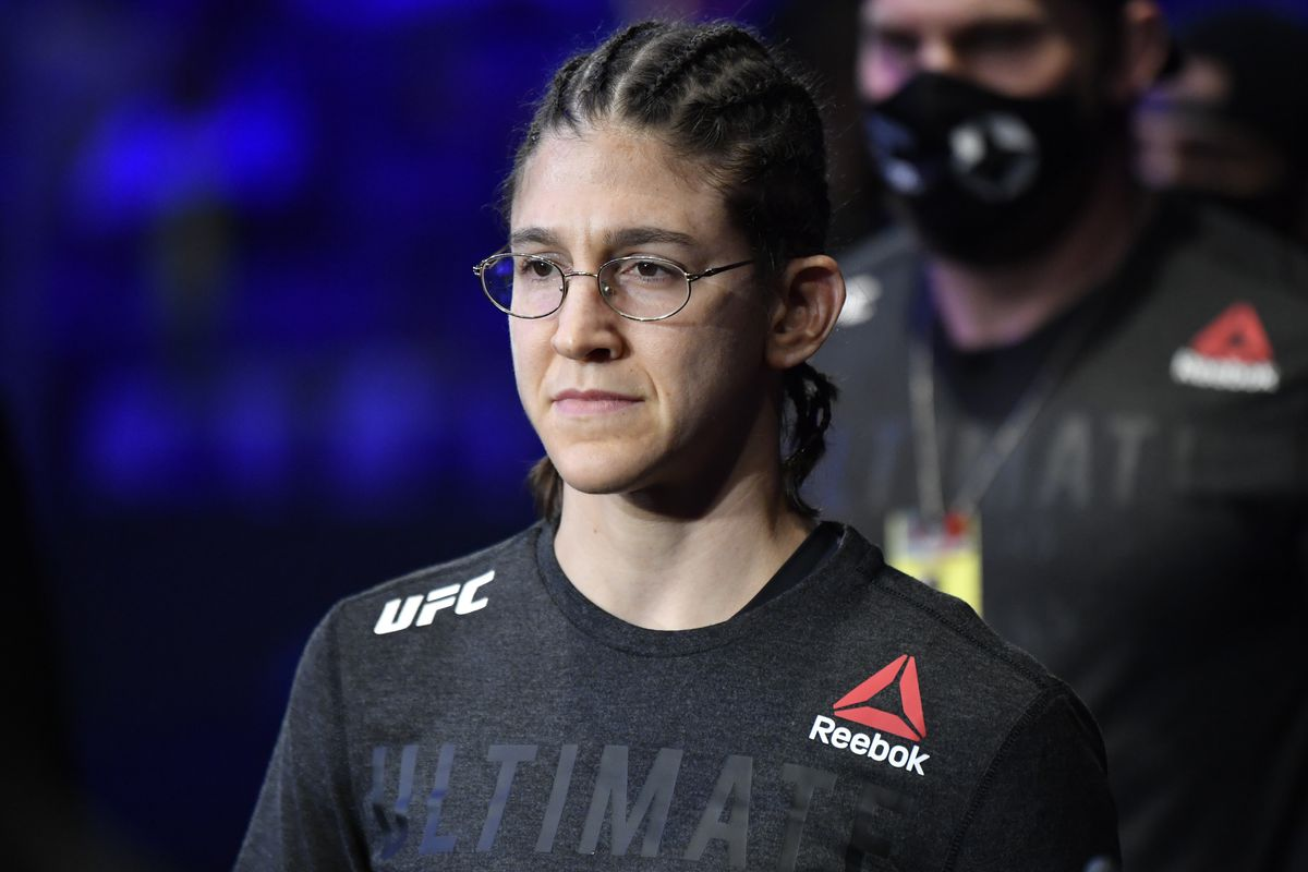Roxanne Modafferi is expected to meet Taila Santos at UFC 266.
