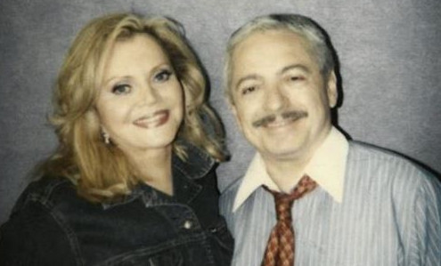 Billy Zayas (right) and Theresa Gutierrez co-hosted WLS-Channel 7's airing of Chicago's Puerto Rican parade. | Photo via Alvarez Funeral Services
