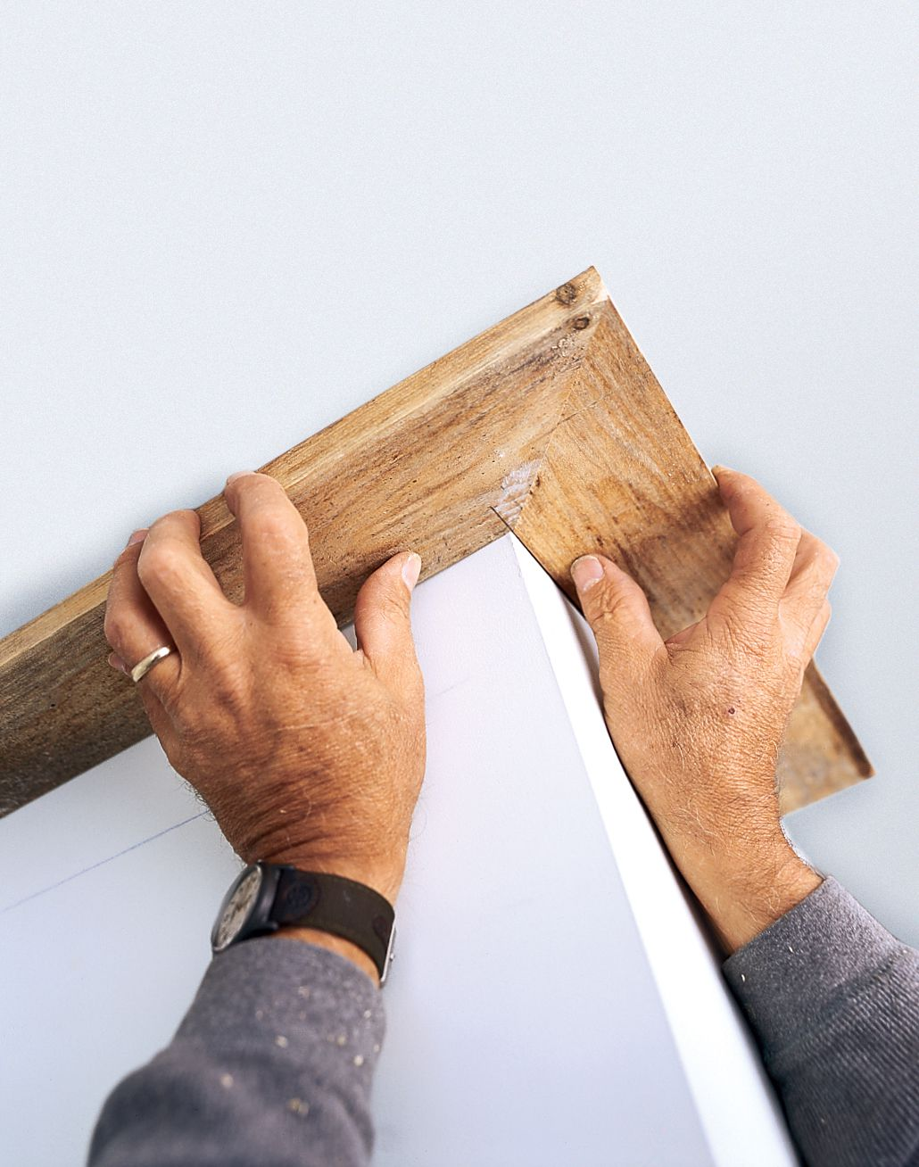 Angle cuts for crown molding