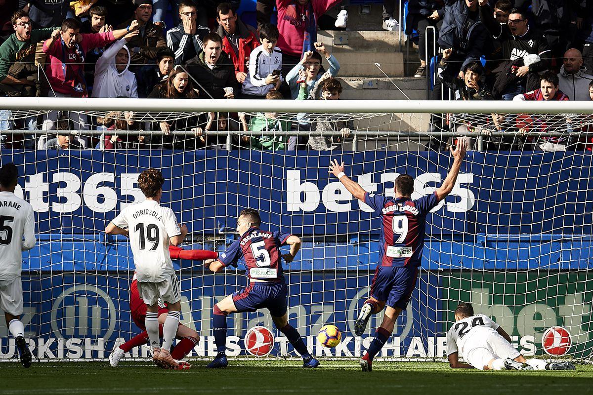 SD Eibar v Real Madrid CF - La Liga