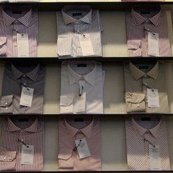 """Trinidad suggests always having at least three white shirts in your closet, as well as a baby blue one because they mix well with any fabric. When it comes to patterns, he's all about the gingham. """"Gingham is a plaid. You can wear it with a suit but you c"""