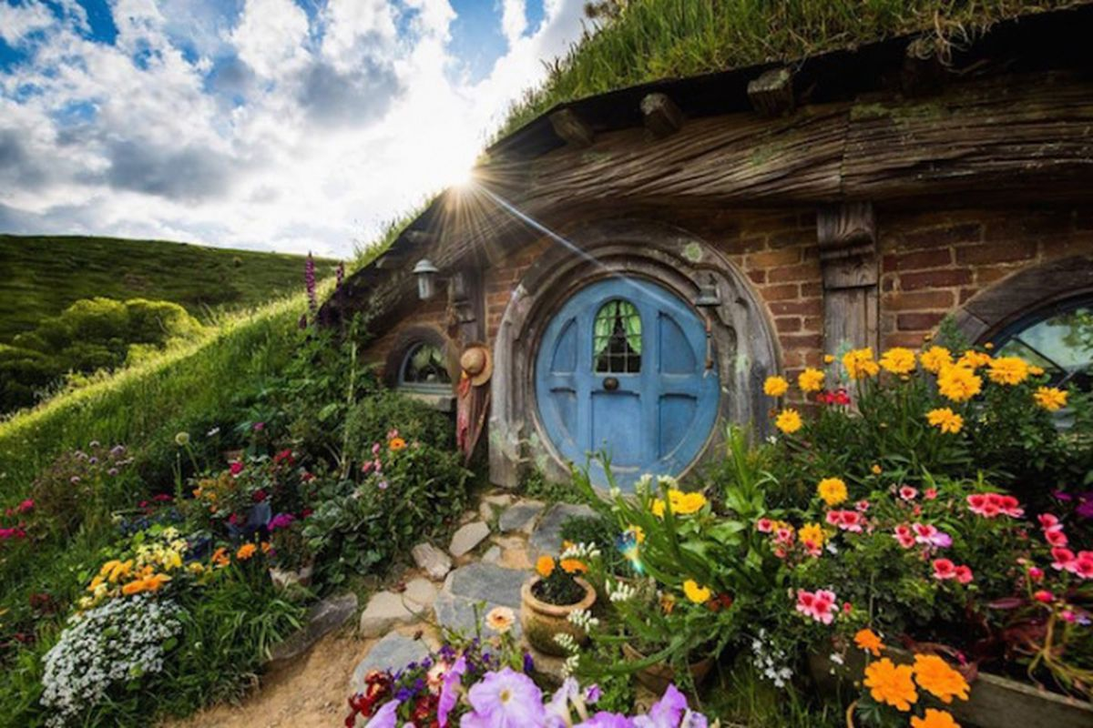 """Photos via <a href=""""http://www.creativeboom.co.uk/travel/lotr-fans-can-take-a-trip-to-a-real-life-version-of-middle-earth/"""">Creative Boom</a>"""