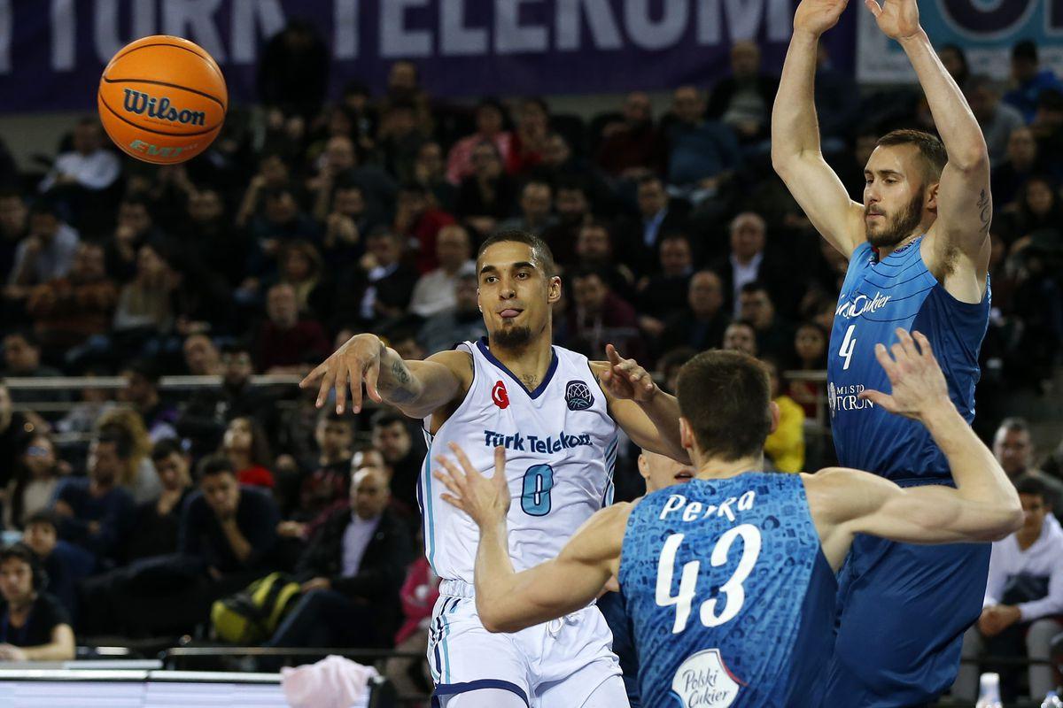 Turk Telekom v Polski Cukier : FIBA Champions League