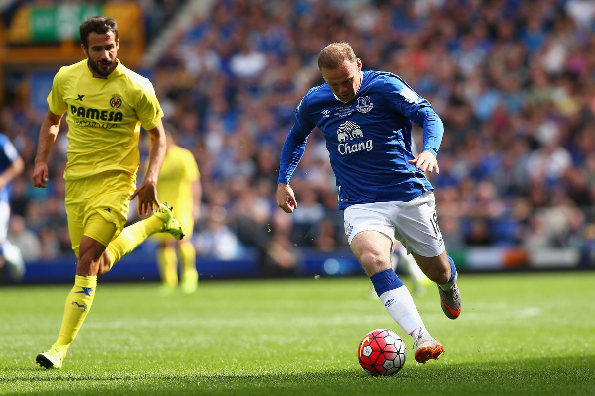 some Man Utd fans couldn't figure out why Rooney was in blue, apparently