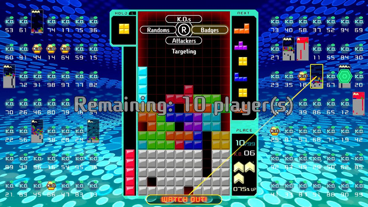 A Tetris pro helped me survive Tetris 99's first big