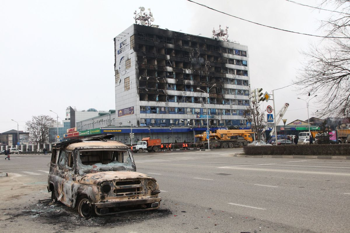 Destruction in downtown Grozny after an attack by jihadist militants
