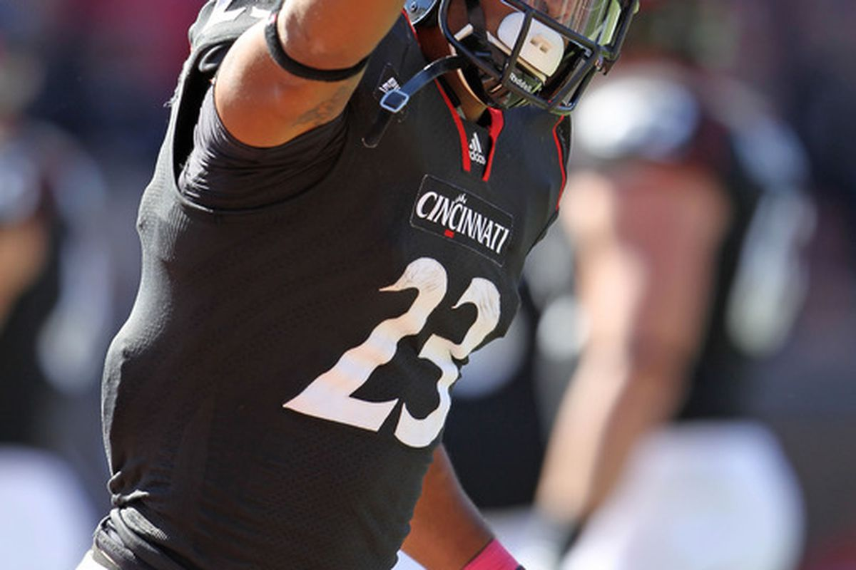Isaiah Pead of the Cincinnati Bearcats will be playing on Sundays this fall for the St. Louis Rams.