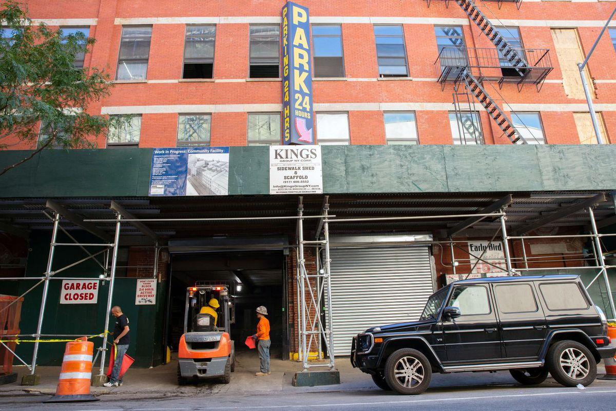 Harlem drug treatment facility construction